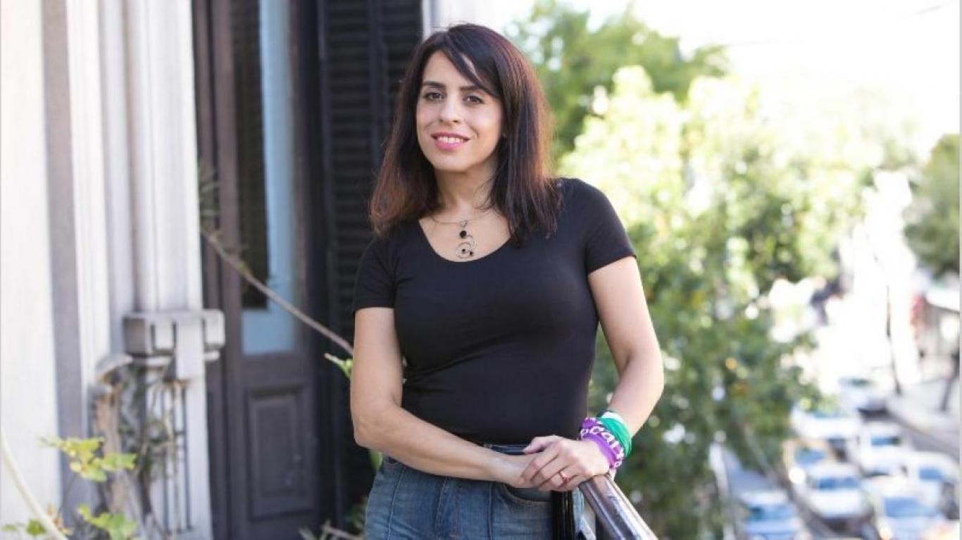 Denuncian que Victoria Donda le ofreció un plan social a su empleada  doméstica para no indemnizarla - Radio Rivadavia AM630